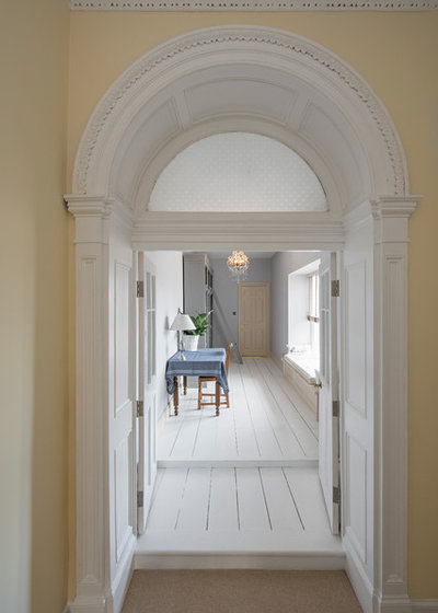 Traditional Hallway & Landing by User