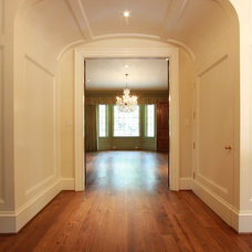 Traditional Hall by Keiffer Phillips - Patricia Brown, Builders  Inc.