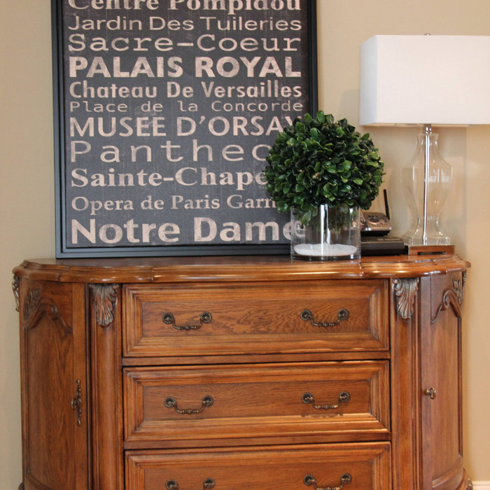 Quartier Dix30 Family Home - Lived-in Home Staging