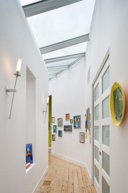 Contemporary Hall by Alan Mascord Design Associates Inc