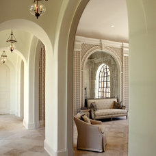 Traditional Hall by Dillard Pierce Design Associates