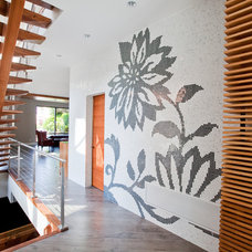Contemporary Hall by Morph Industries Ltd
