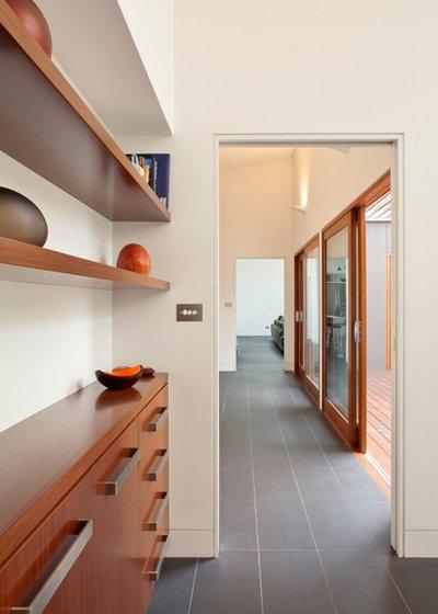 Contemporary Hall by Sanctum Design