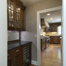 Traditional Hall by Normandy Remodeling