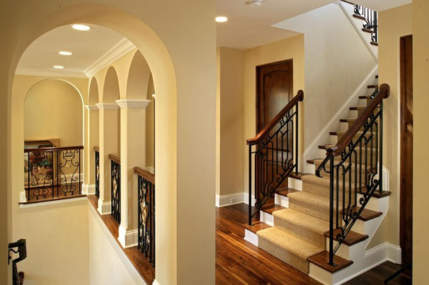 Traditional Hall by Alexander Design Group, Inc.