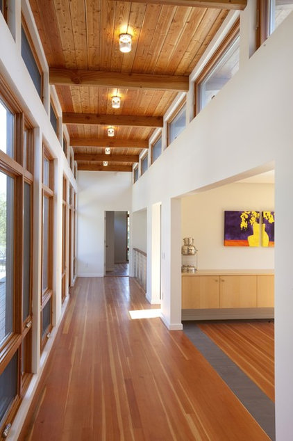 Midcentury Hall by Hammer Architects