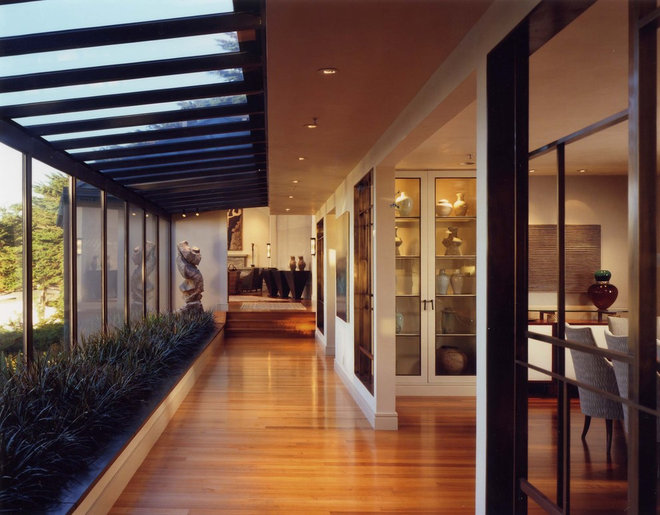 Modern Hall by Karin Payson architecture + design