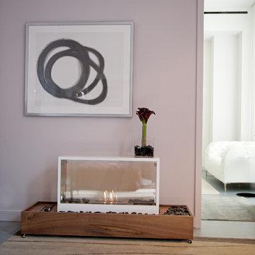 Chelsea Loft: Creative Tables