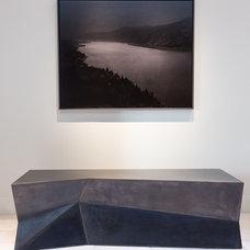 Contemporary Hall by Drew McGukin Interiors @drewmcgukin