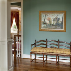 Traditional Hall by Diane Burgoyne Interiors