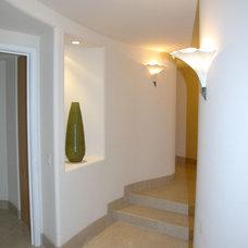 Contemporary Hall by Tervola Designs