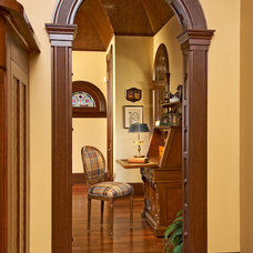 Traditional Hall by Carriage Barn Custom Builders
