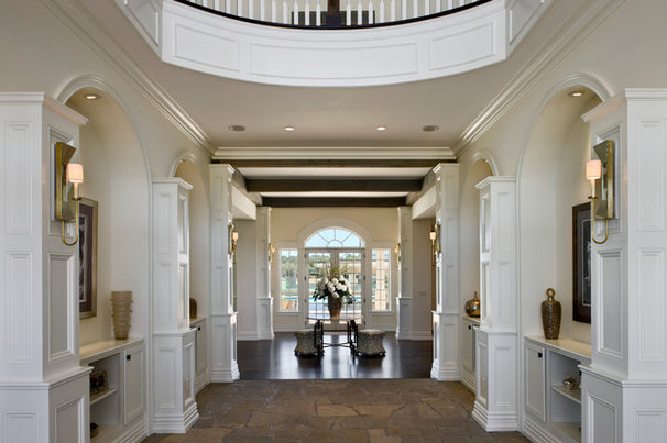 Traditional Hall by Zoltan Construction LLC
