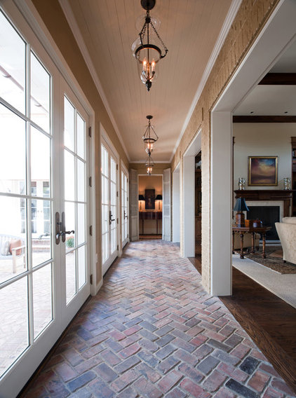 Traditional Hall by P. Shea Design