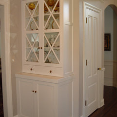 traditional hall by Home Systems , Wendi Zampino