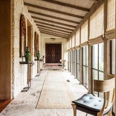 Mediterranean Hall by Stocker Hoesterey Montenegro