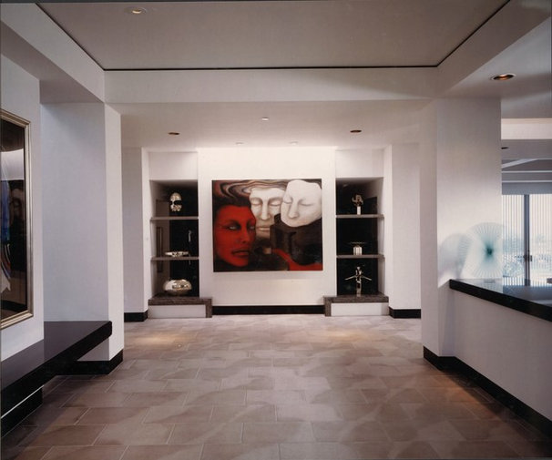 Contemporary Hall by R.J. Gurley Construction