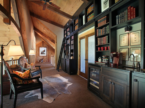 Traditional Hall by Modern Rustic Homes