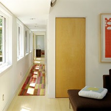 Modern Hall by Resolution: 4 Architecture