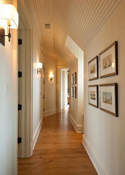 American Traditional Corridor by Solaris Inc.