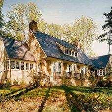 Traditional Hall by Sharon Portnoy Design