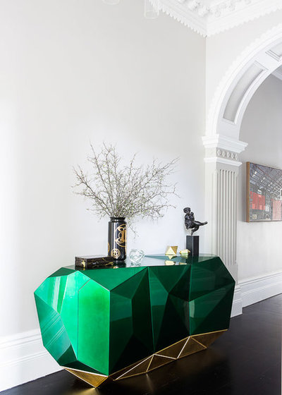Transitional Hall by Brendan Wong Design