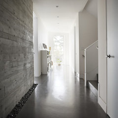 modern hall by kbcdevelopments