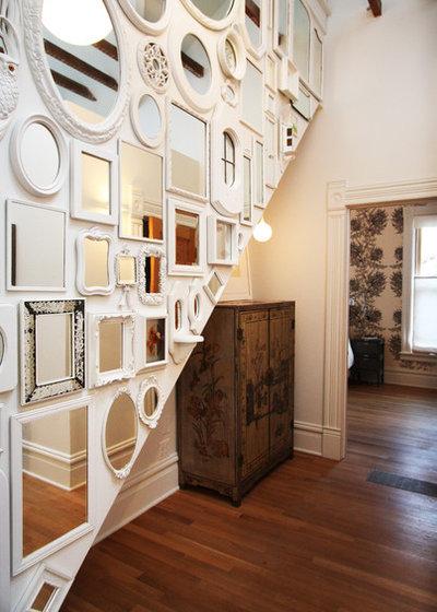 Shabby-chic Style Hall by bright designlab