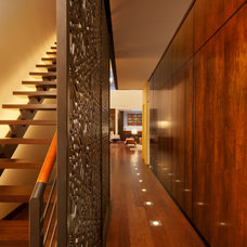 Contemporary Hall by Eljin Construction