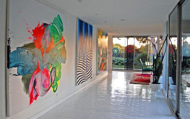 Contemporary Hall by Dana Nichols