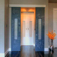 Transitional Hall by Jordan Iverson Signature Homes
