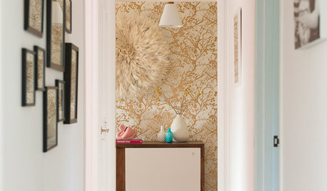 Why Your Hallway Needs a Focal Point