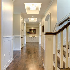Traditional Hall by Farinelli Construction Inc