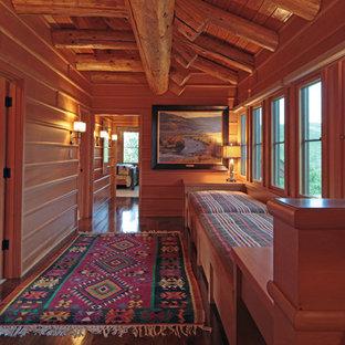 Modelo de recibidores y pasillos rurales, extra grandes, con suelo de madera oscura