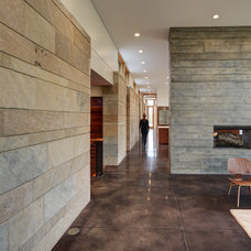 Contemporary Hall by Bruns Architecture