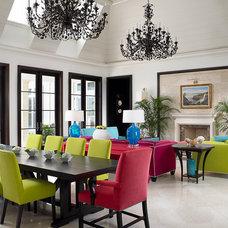 Tropical Hall by John David Edison Interior Design Inc.