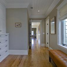 Traditional Hall by Prescott Design Studio, LLC