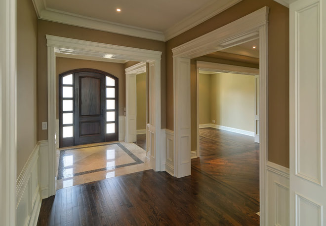 Traditional Hall by Galle Construction Inc
