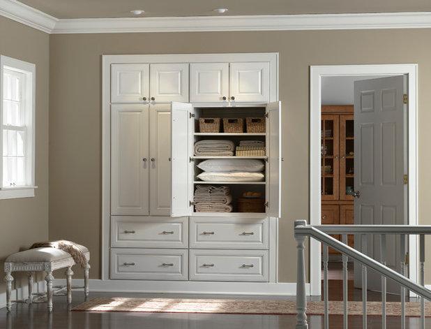 Классический Коридор by Colorado Classic Cabinets