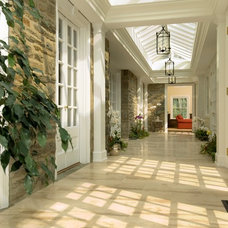 traditional hall by E. B. Mahoney Builders, Inc.
