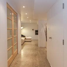 Modern Hall by Murovec Renovations Ltd