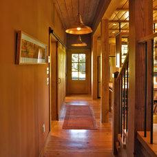 Farmhouse Hall by Cushman Design Group