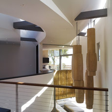 Contemporary Hall by Griffin Enright Architects
