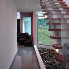 Contemporary Hall by Dominguez & Solis Arquitectos
