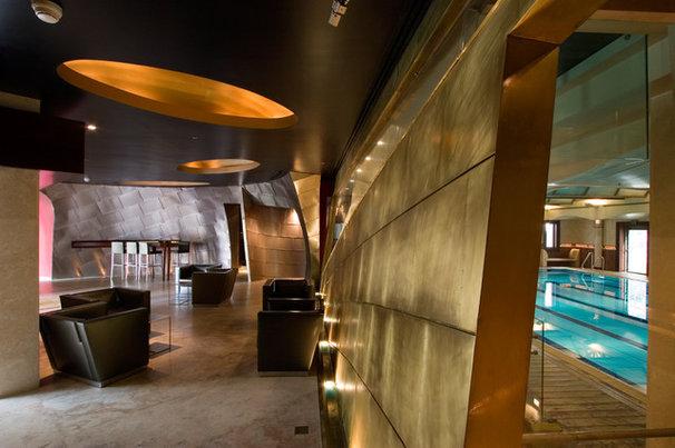 Industrial Hall by Elad Gonen