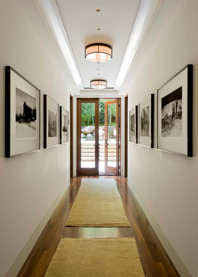 Transitional Hallway & Landing by Forum Phi Architecture   Interiors   Planning