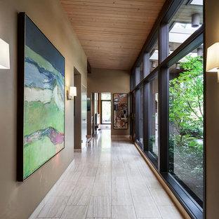1950s hallway photo in Portland
