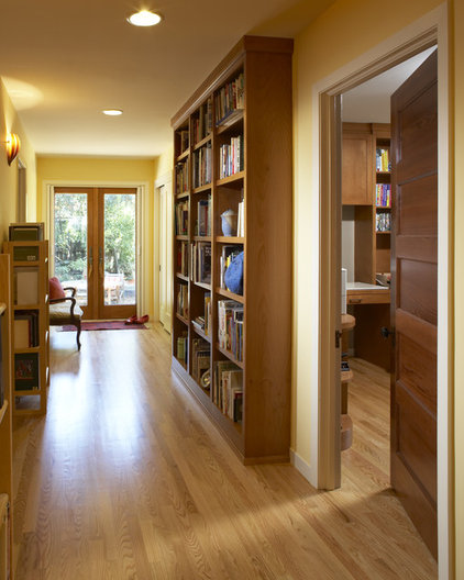 Contemporary Hall by Harrell Remodeling
