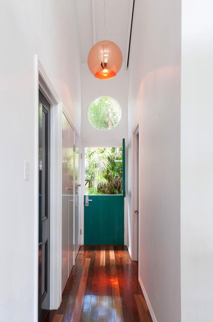 Contemporary Hall by Skyring Architects