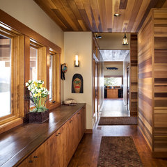 eclectic hall by Hendricks Architecture